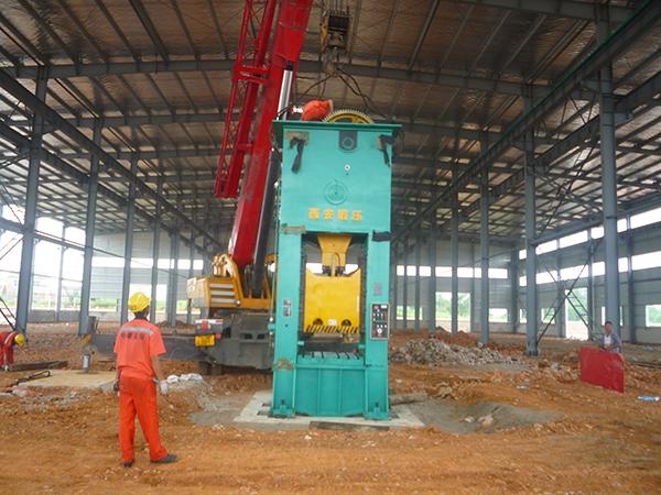 大型设备吊装搬运作业的吊装要求