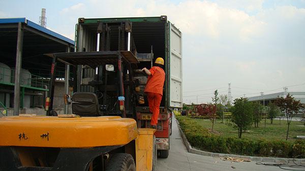 PCB成型机设备搬运案例