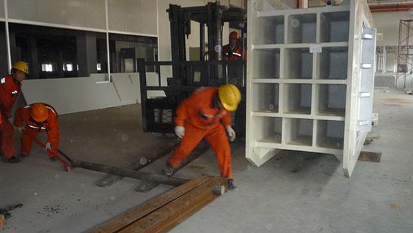 扬州依利安达压合机设备安装