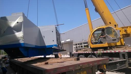 在设备搬运和运输过程