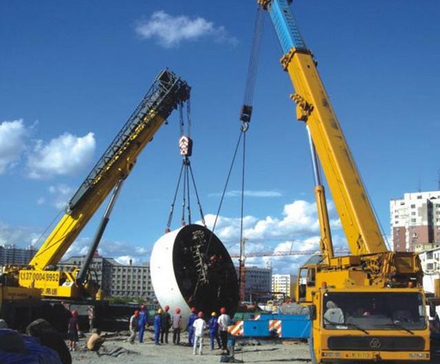 该如何降低起重机进行设备吊装时驾驶室内噪音